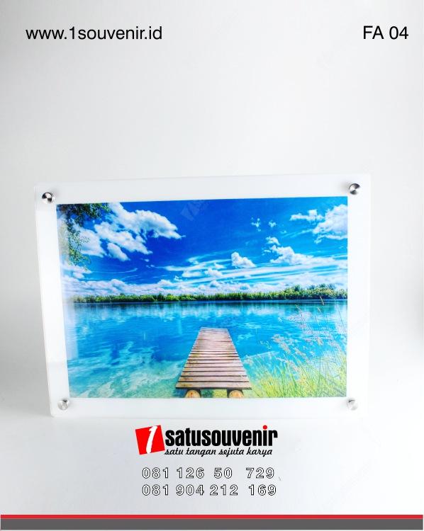 frame acrylic
