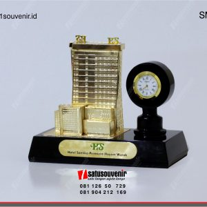 souvenir miniatur gedung hotel santika premier hayam wuruk